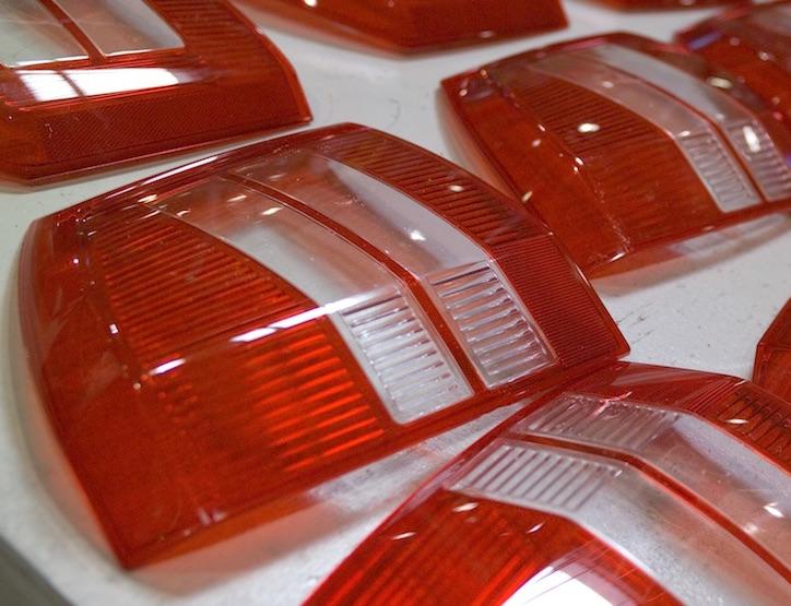 plastic injection molding auto lights